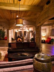 Tuscany Lobby